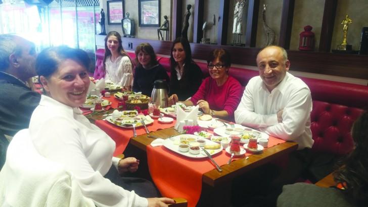 Bilgi Parkı Etüt Eğitim Merkezi Öğretmenler Günü'nü kutladı