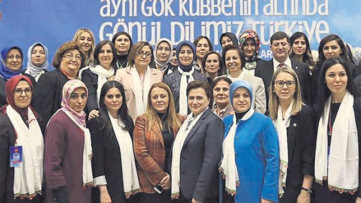 """Kırcı """"Diyarbakır'da yaralar hızla sarılıyor"""""""