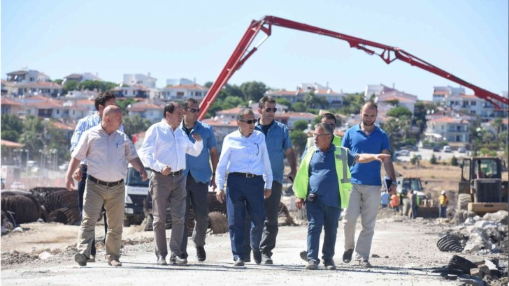 Başkan Uğur, Cunda Köprüsü İnşaatını İnceledi