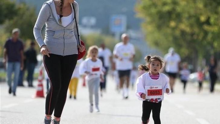 400 Çocuk Sağlıklı Yaşam  İçin Koştu