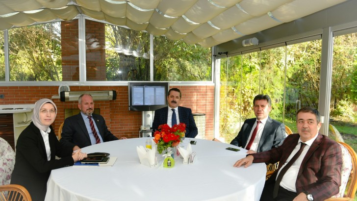 Milletvekilleri, Bakan Çelik'le Görüştü