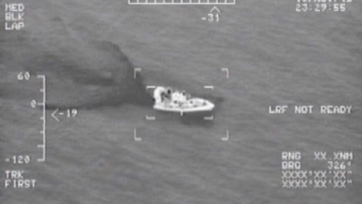 Ayvalık'ta Helikopterden Tespit Edilen 23 Mülteci Yakalandı