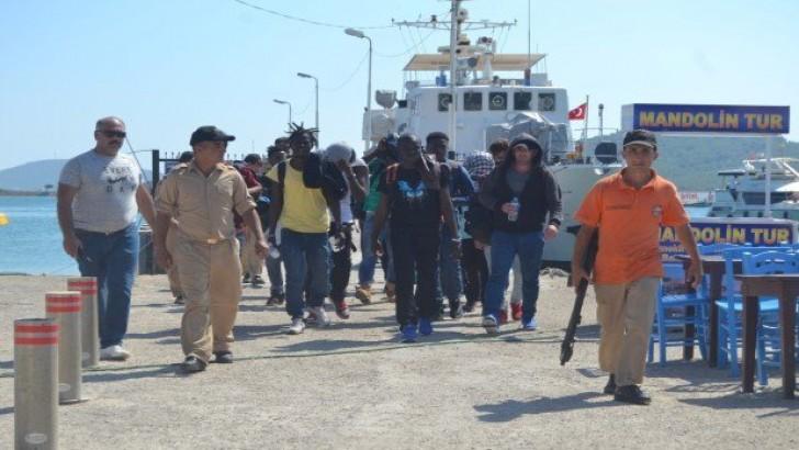 3 Günde 129 Düzensiz Göçmen Yakalandı