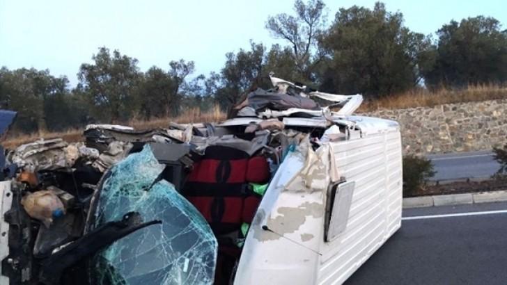 Balıkesir'de Panelvan ile Traktör Çarpıştı: 1 Yaralı