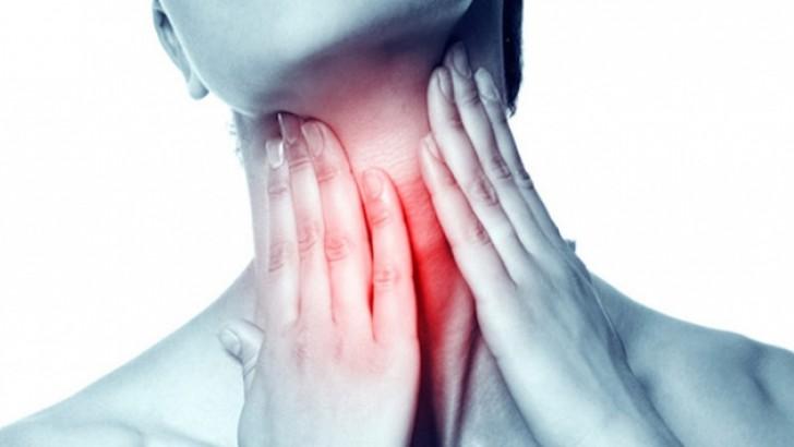Uzun Süren Ses Kısıklığı Kanser Habercisi