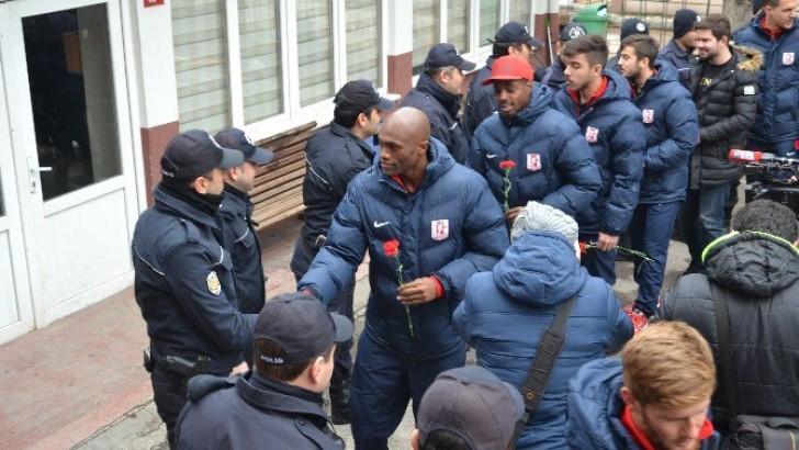 Balıkesirspor'dan Polisine Taziye Ziyareti