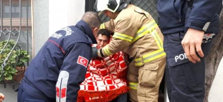 Mutfak Tüpü Patladı, Afgan Genç Yaralandı