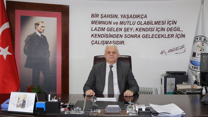 Burhaniye Belediye Başkanı Ali Kemal Deveciler görevine başladı